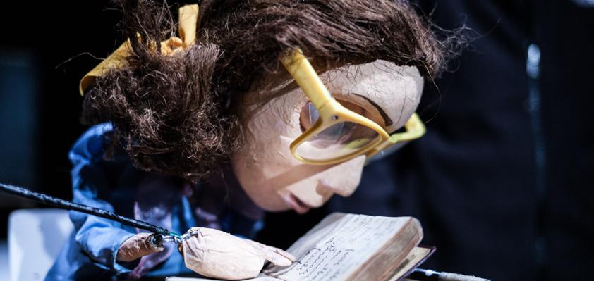 LA CLASSE un docupuppets per marionette e uomini